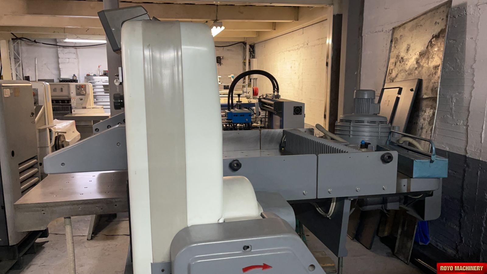 Polar 115 EMC MON