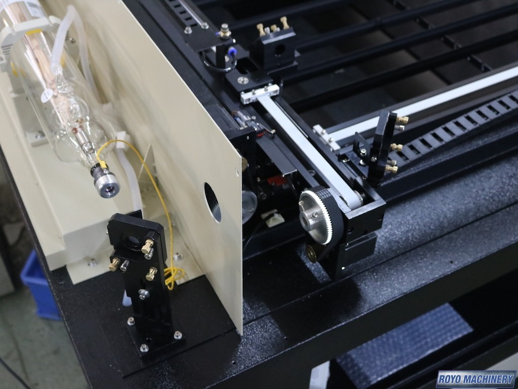 Royo Machinery RHM 6040